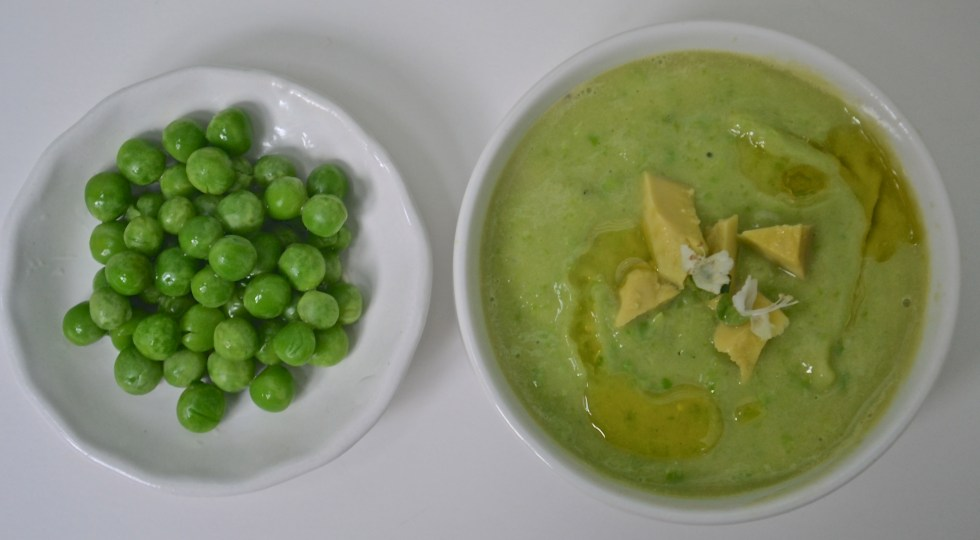 cold soup avocado pea
