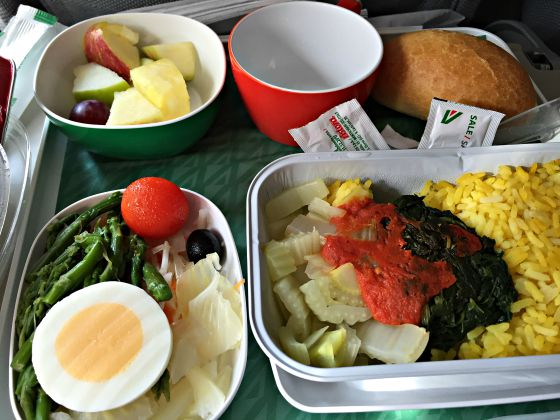 Alitalia economy class food