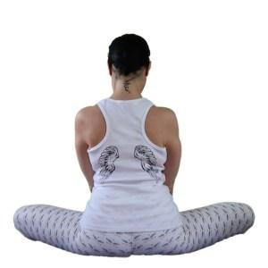 camiseta de tirantes nadadora love is in the air blanca alas en espalda