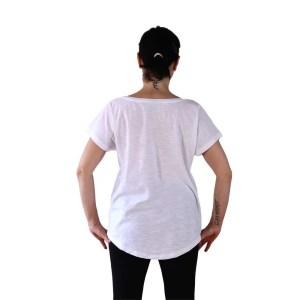 camiseta organica oversize las chicas son guerreras espalda