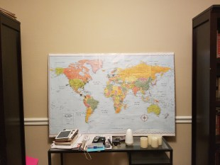DIY PUSH PIN TRAVEL MAP