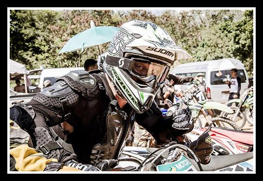 jonny-dirt-enduro-dirt-biking