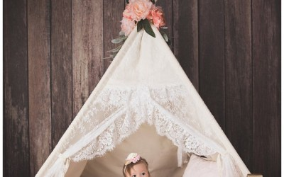 Pink One year session at the studio featuring a teepee!