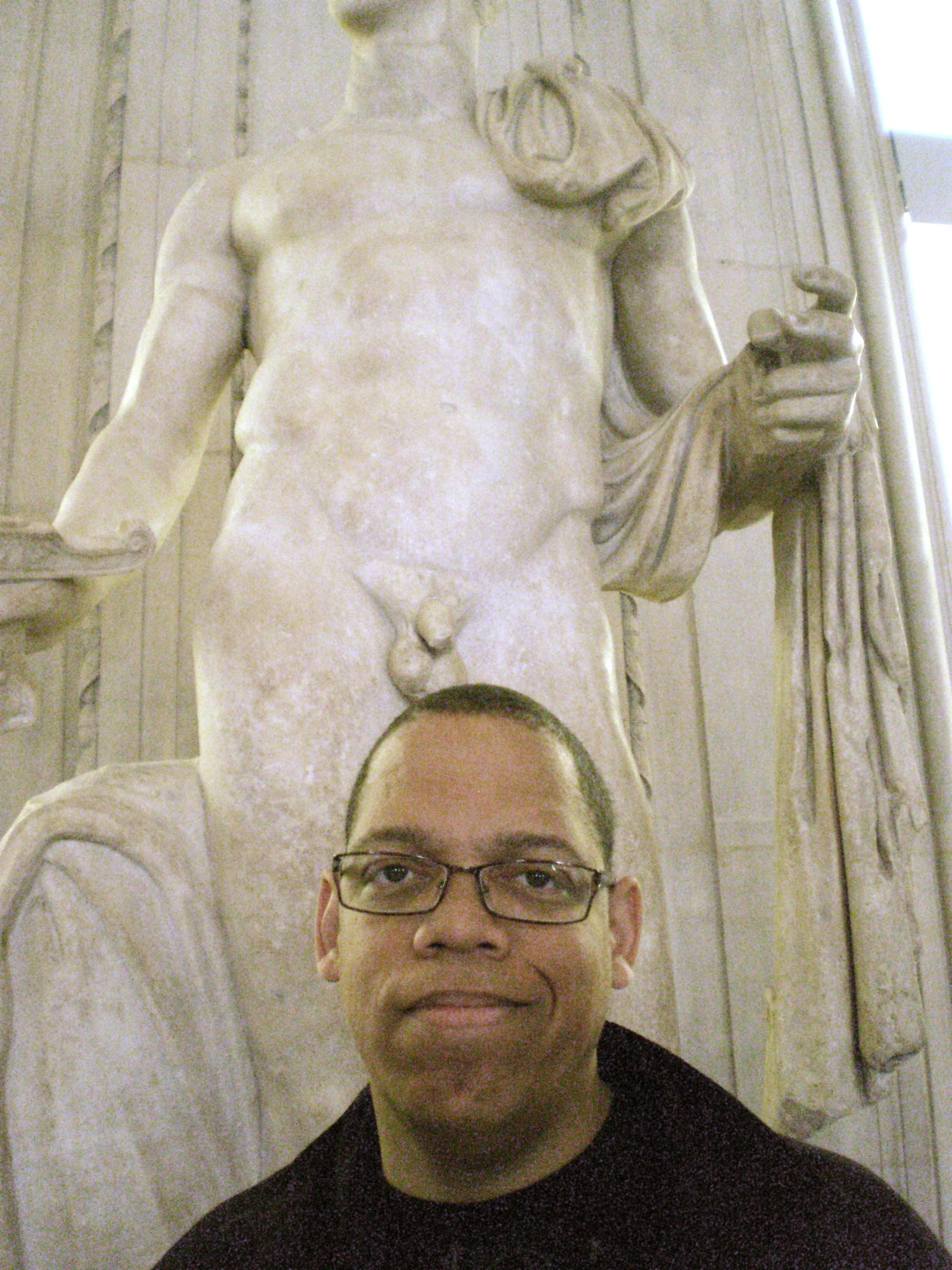 Greg Morton at the Louvre in Paris
