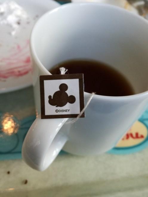 Mickey brand oolong tea