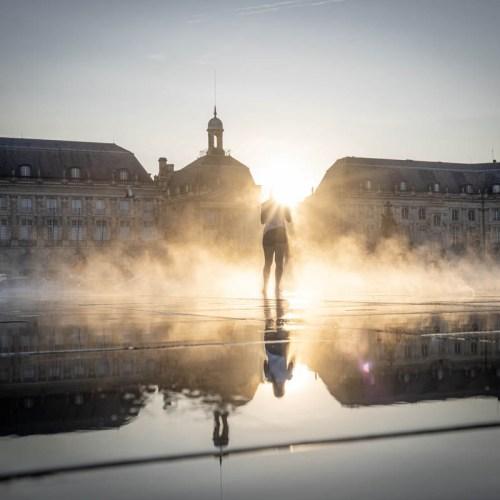 Miroir d'eau et sa brume Bordeaux