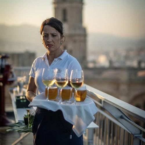 Service en soirée à Malaga