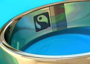 2 rings with Fairtrade logo