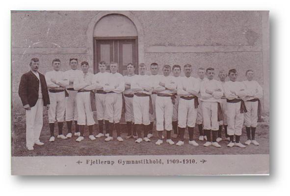 Stenvad Gumnastikhold 1909-1910-2