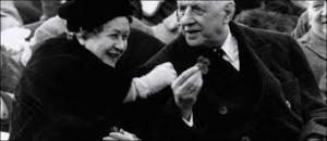 Le Général et Madame De Gaulle détendus à l'ouverture des JO de Grenoble