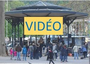 le rapport décibels/public frôle l'infini, vidéos plus bas dans l'article