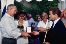 la médaille de la ville de Grenoble au Maire de Réhovot