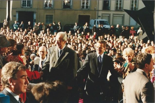 Edouard Balladur Premier MInistre inaugure le Musée de Peinture obtenu par Alain Carignon