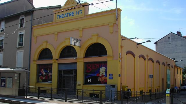 La municipalité Carignon confie le Théâtre 145 à Serge Papagalli...