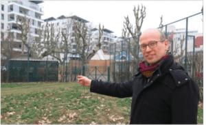 Fabien Malbet l'Adjoint (Verts/PG) tout fier de présenter la nouvelle amputation du Parc Hoche alors que 1 200 logements ont été construits dans les secteur !