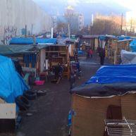 Avenue Esmonin le bidonville avait démesurément grossi
