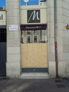 Dans le centre apaisé la vitrine a sauté le week end dernier