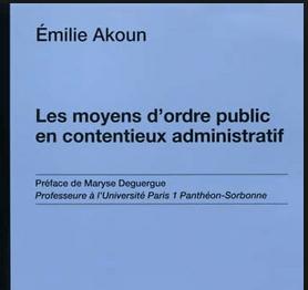 Emilie Akoun est Maitre de conférences