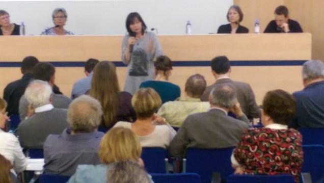 Elisa Martin (Verts/PG) qui répète les éléments de langage devant l'UHCV: la municipalité crée les problèmes et en appelle au Préfet pour les conséquences...