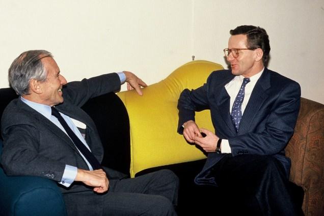 """Jean D'ormesson avec Alain Carignon: ' Il évoquait légèrement,avec une gaité rare, des idées profondes"""" Archives Photos Alain Carignon© Photo X - Libre de droits"""