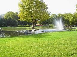 Que serait la situation de Grenoble sans la vingtaine d'hectares de parcs et jardins réalisés par la municipalité Carignon ? ( ici le parc Pompidou de 5,5 hectares)