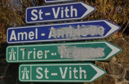 Verkeersbord in de Voerstreek tijdens de taalstrijd