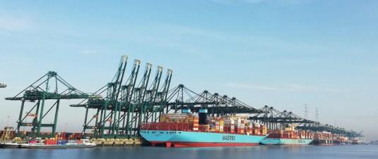 De Antwerptse havens op de Linkeroever