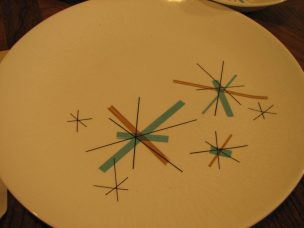 50's-60's plate set 16 pc (10)