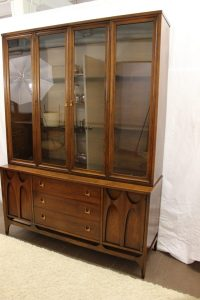 Broyhill Brasilia china cabinet glass top | Specializing ...
