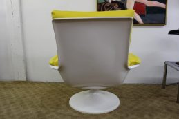 yellow-chair-3