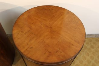 round end tables (8)
