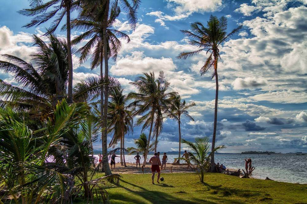 San Blas Islands, by The Kiwi Couple
