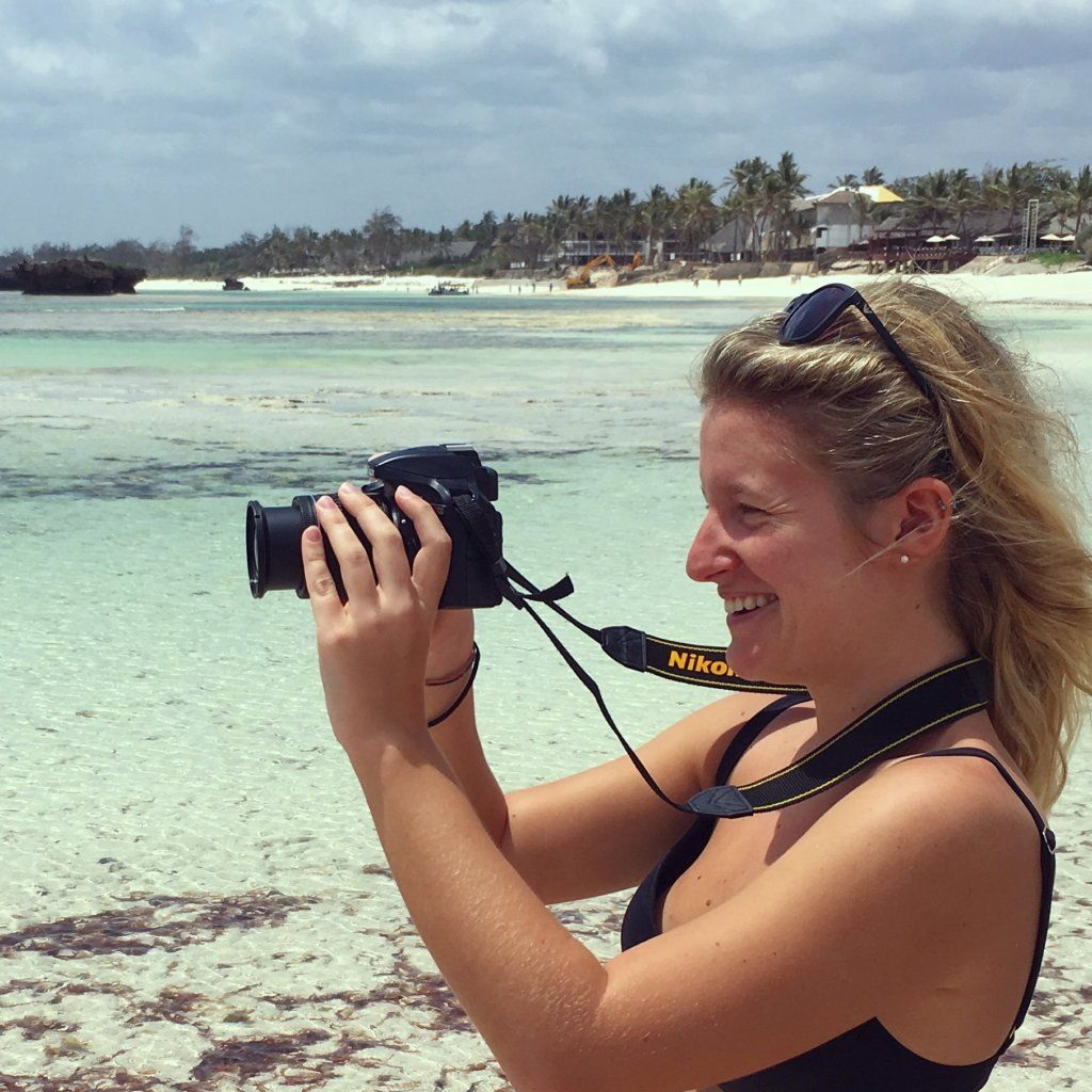 A travel vlogger in action, filming everything to share on my blog!
