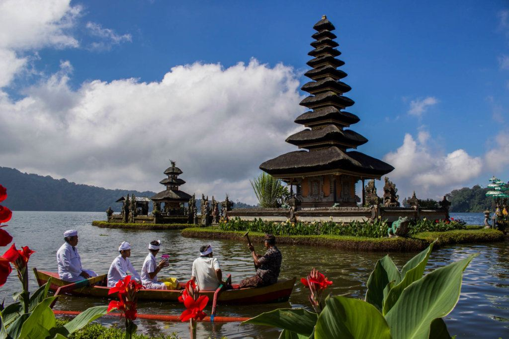 Pura Bratan temple, shot by Have Compass Will Travel