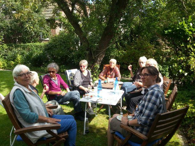 Lidt af Grevekunst Raku deltagere hos Sanne 18-8-2017