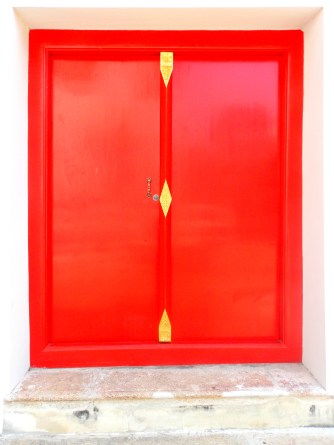 Beautiful Red Doors Everywhere