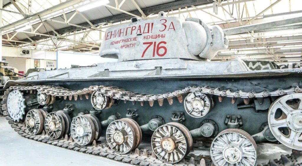 Visiting the Tank Museum - Grey Globetrotters. Russian Heavy Tank KV-1