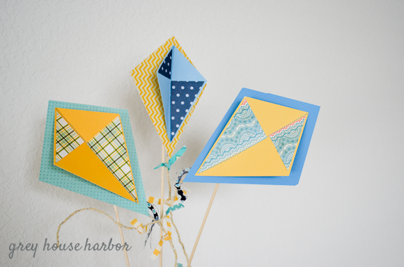 make paper kites  |  greyhouseharbor.com