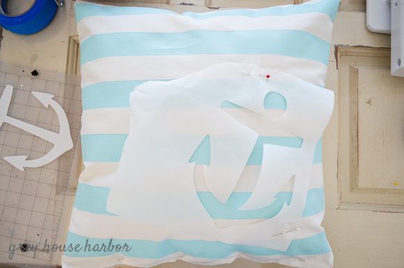 How To Paint A Throw Pillow Grey House Harbor
