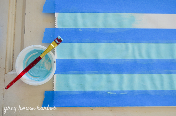 paint a throw pillow  |  greyhouseharbor.com