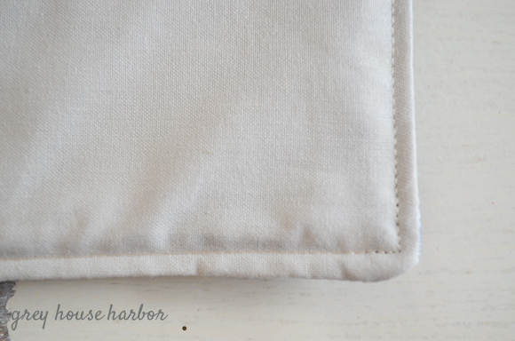 how to sew a travel tray  |  greyhouseharbor.com