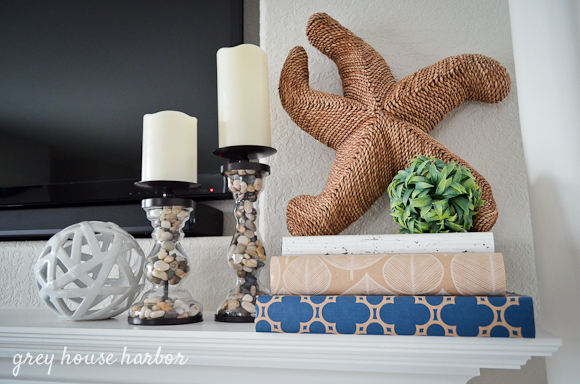 summertime mantel decor  |  greyhouseharbor.com