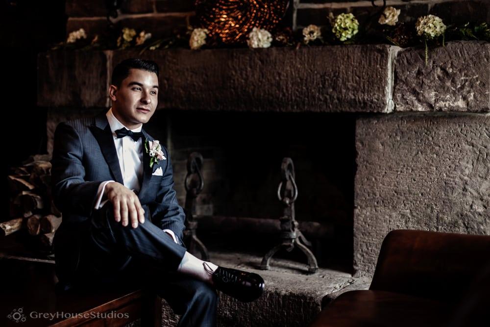 Maureen + Michael's Aquaturf Wedding photos in Southington, CT by GreyHouseStudios