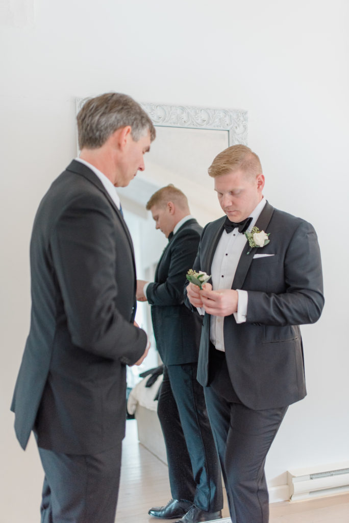 Father of the Bride - Getting the final touches.  Getting Ready with the Guys before your Wedding Must haves.