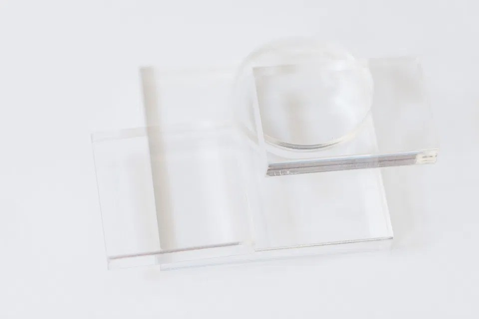Clear Acrylic Risers for Flat-Lay Styling from Etsy. Wedding Photographers Styling Kit Must Have.