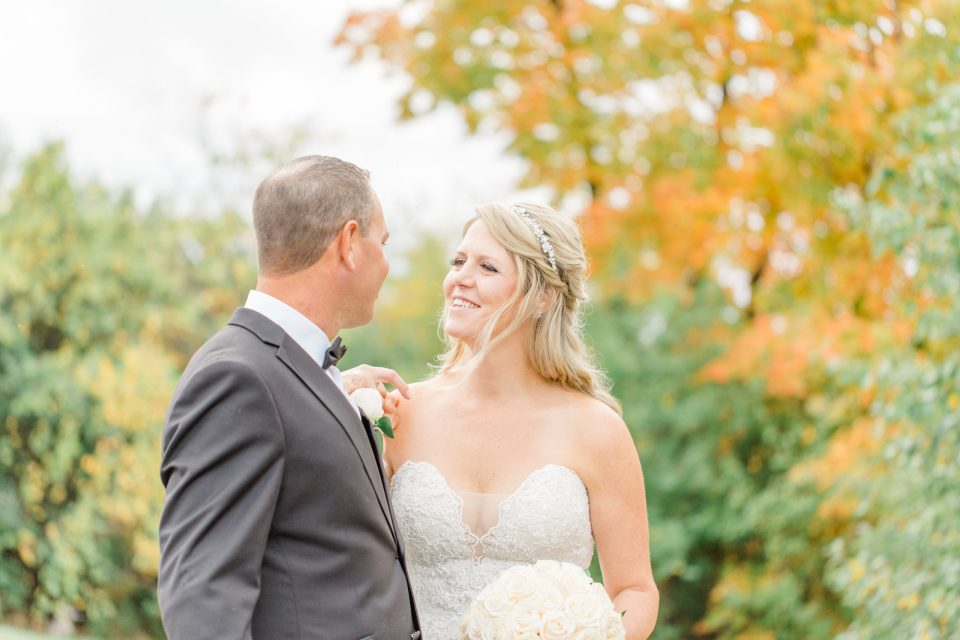 Organic, Fun, Natural Wedding Photo must Haves on your Wedding Day. - Bright and Modern Wedding Photography.