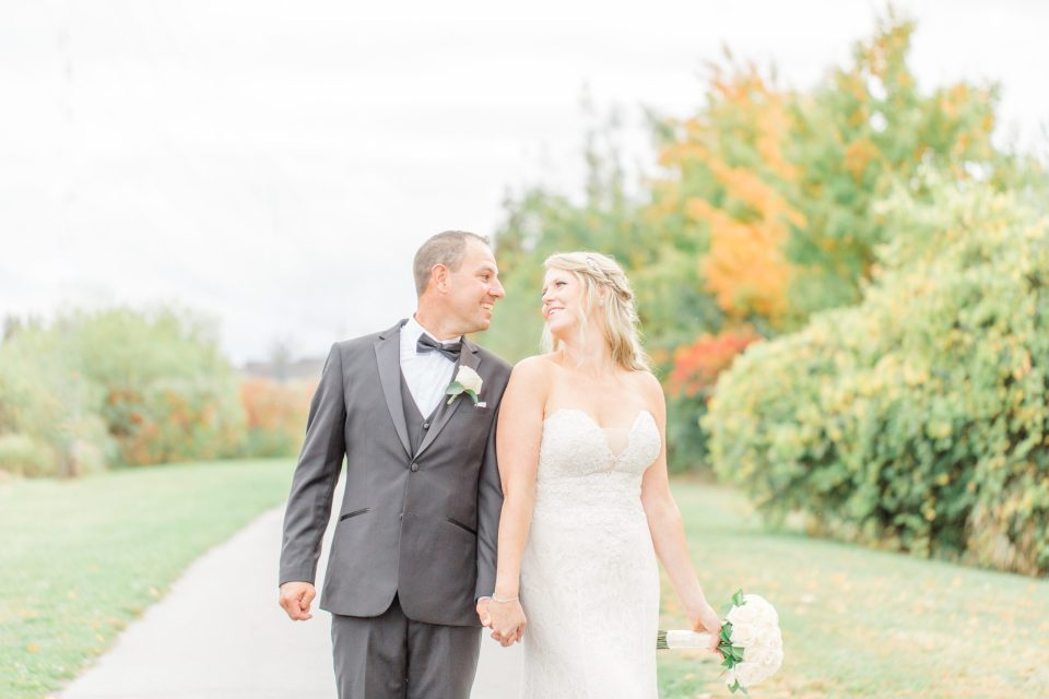 Organic, Fun, Natural Wedding Photo must Haves on your Wedding Day. - Bright and Modern Wedding Photography.   Organic, Fun, Natural Wedding Photo must Haves on your Wedding Day. - Bright and Modern Wedding Photography.