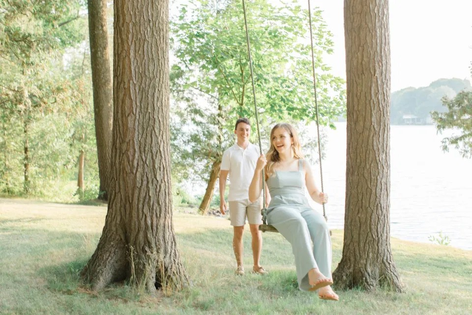 Ideas for what to wear for Engagement Photography, Modern Engagement Session Inspiration Wardrobe Ideas. Unsure of what to wear for your engagement photos, we've got you! Romantic blue Romper and neutral Shirts and polo. Boat Shoes and Flip Flops. Engagement in Gananoque. Grey Loft Studio is Ottawa's Wedding and Engagement Photographer Videographer for Real couples, showcasing photos that are modern, bright, and fun.