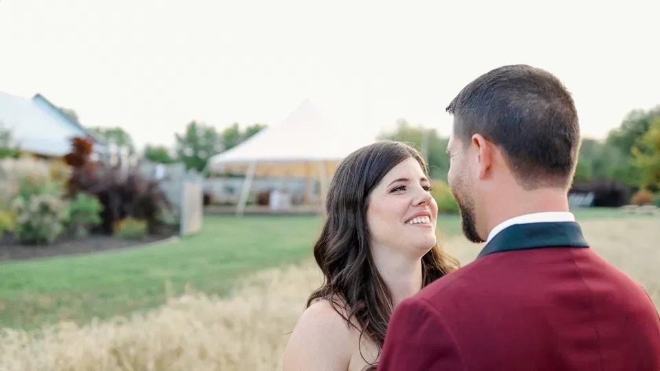 The way she looks at Him - Wedding Photo Poses & shots - Evermore Wedding and Events - Blue Sky, Fall Wedding. Grey Loft Studio Photography & Videography Ottawa