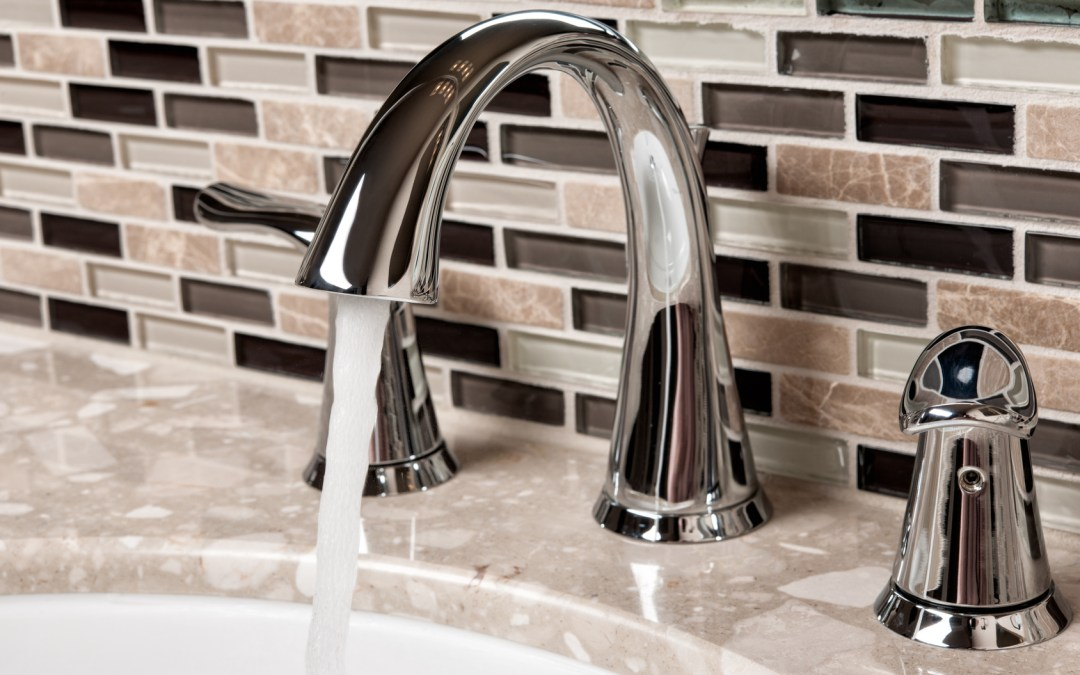Choosing a Faucet Finish for Your Bathroom